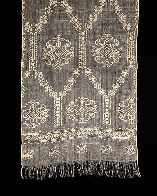 Romanian embroidered scarf