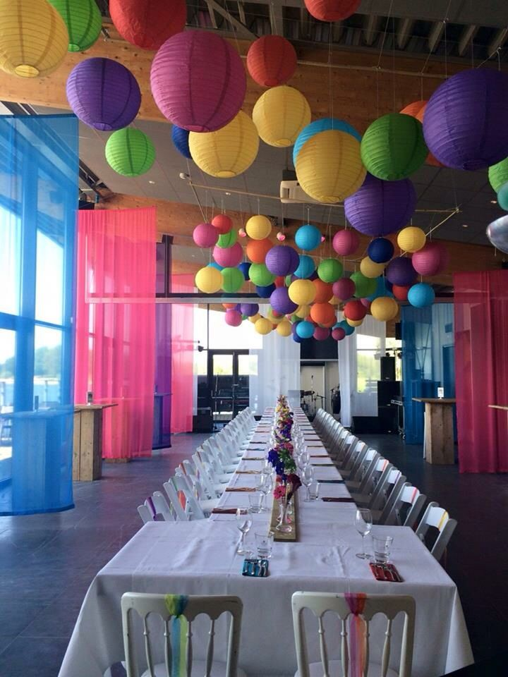 17 beste idee n over feest tent decoraties op pinterest feesttent decoratie buitenbruiloften - Deco kleur muur decoratie ...