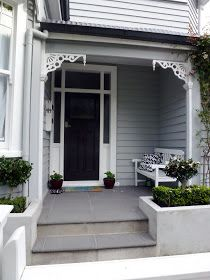 Friday and time for an Auckland villa door .... I think this appeals because what I'd really like to do for the next month is plant mysel...