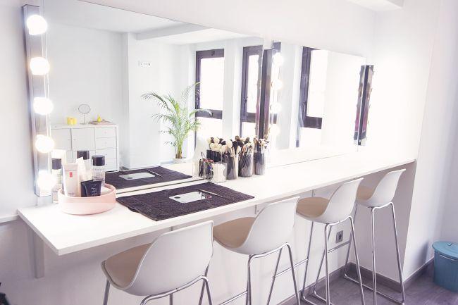 Organización mueble maquillaje