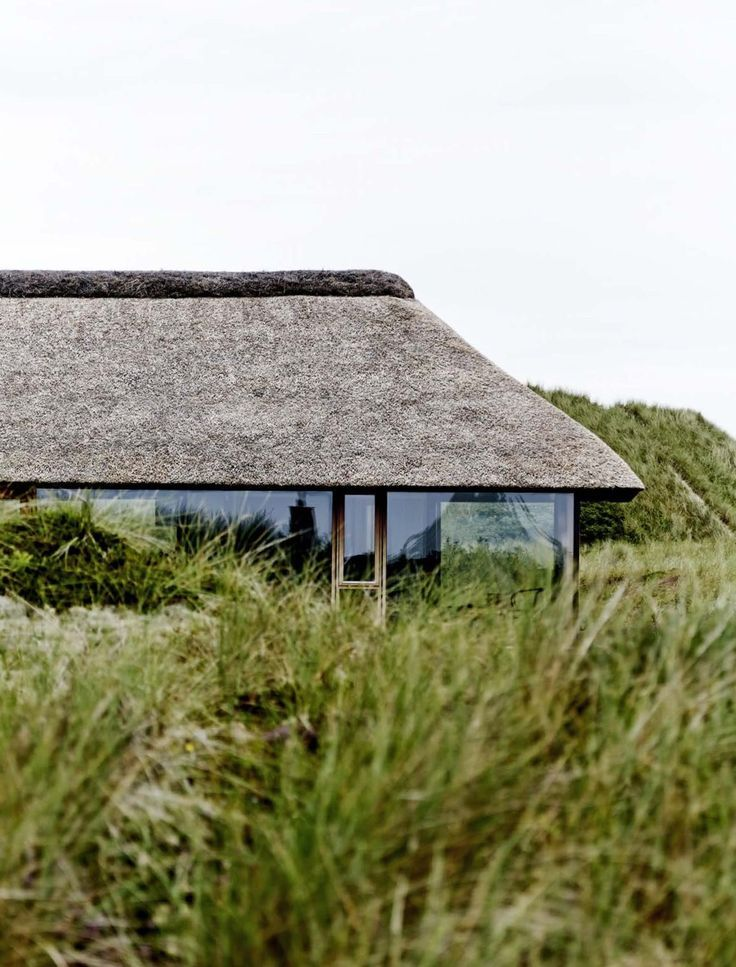 15 Thatched Roof Ideas Advantages And Disadvantages Rural Architecture Thatched Roof Architecture House