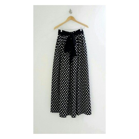 Styled great everywhere with our Dotty skirt #identity #hijabfashion #polkadot #hijab #skirt #premiumquality #dailylook