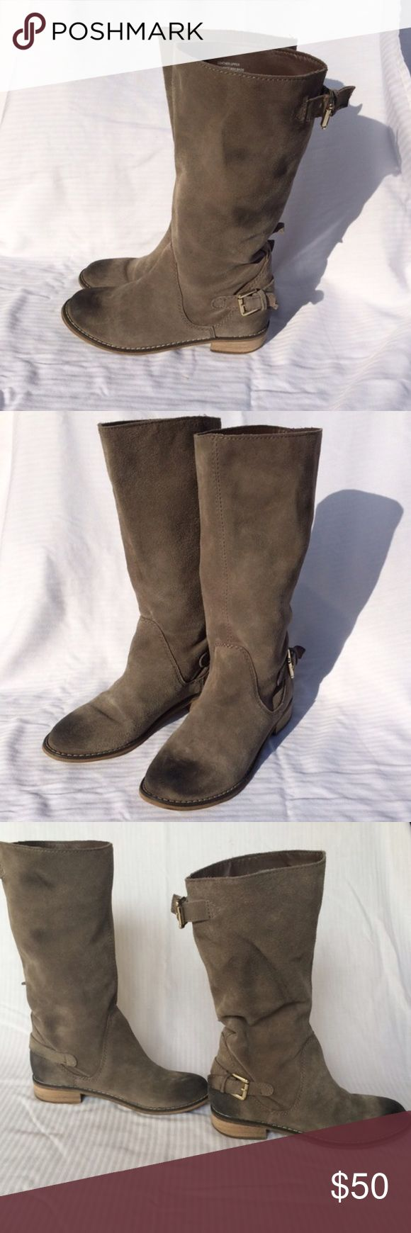 Kelsi Dagger Suede/Leather Boots Super cute Kelsi Dagger Tall boots. Super cute and fashionable! Purchased from another posher but they are too big on me! They hit below the knee Kelsi Dagger Shoes Over the Knee Boots
