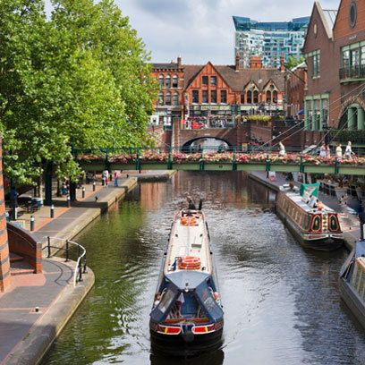 Coming to #Birmingham soon? Have a look at this travel guide. And remember you can always stay with #CityNites
