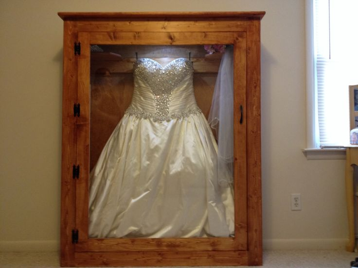 1000 images about shadow box wedding dress on pinterest for Wedding dress shadow box for sale