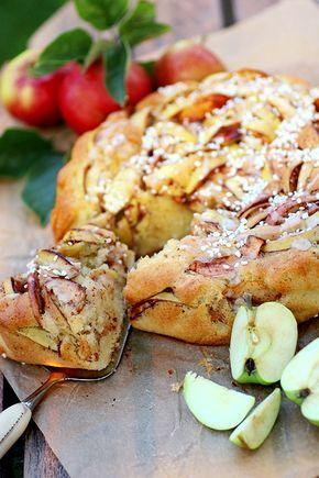 Äppelkaka med kanel, kardemumma och vanilj
