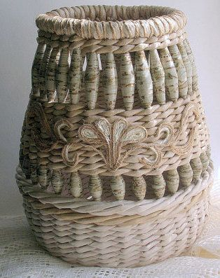 ♥ https://www.etsy.com/listing/198383174/handmade-unusual-wicker-vase-with?ref=related-7