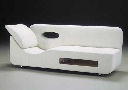 Modern...So modern...but interesting idea. Sofa-One-by-Karim-Rashid.jpg (500×351)