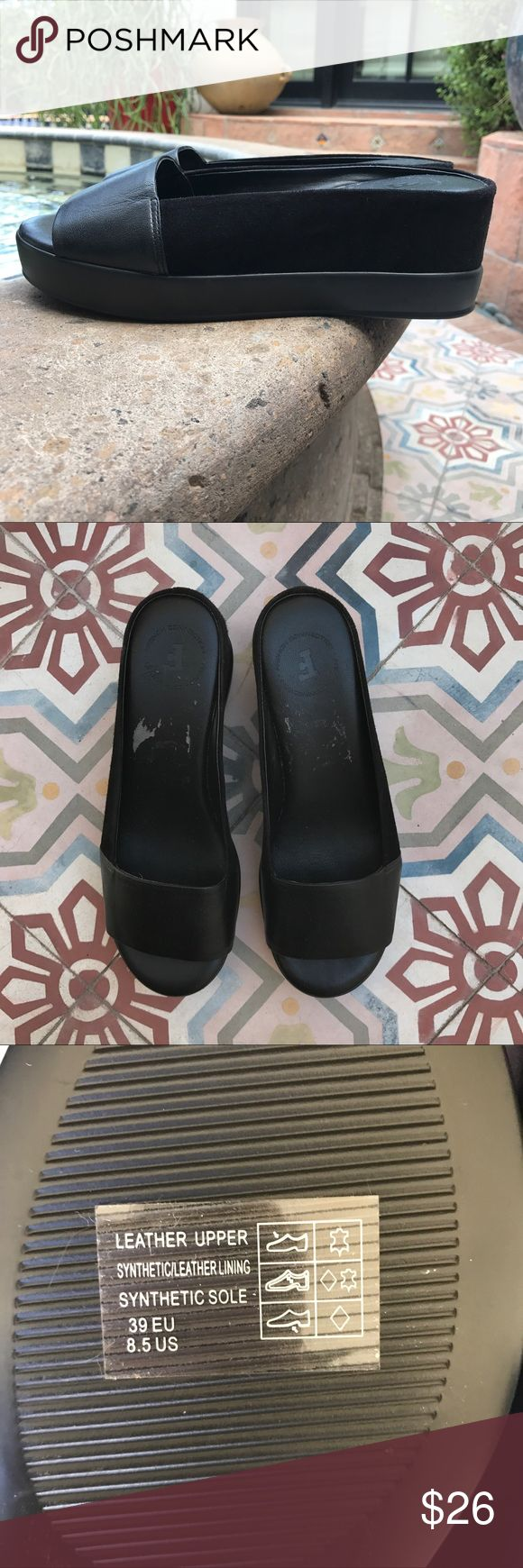 FRENCH CONNECTION SLIDES Sandals loafers size 8.5 Brand new!! Never worn.  Note the footbed has some discoloration.  When removing tag it took part of the coloring.  BUNDLE AND SAVE.  🤗🤗🤗thanks for looking. 🤗🤗🤗🤗 French Connection Shoes Flats & Loafers