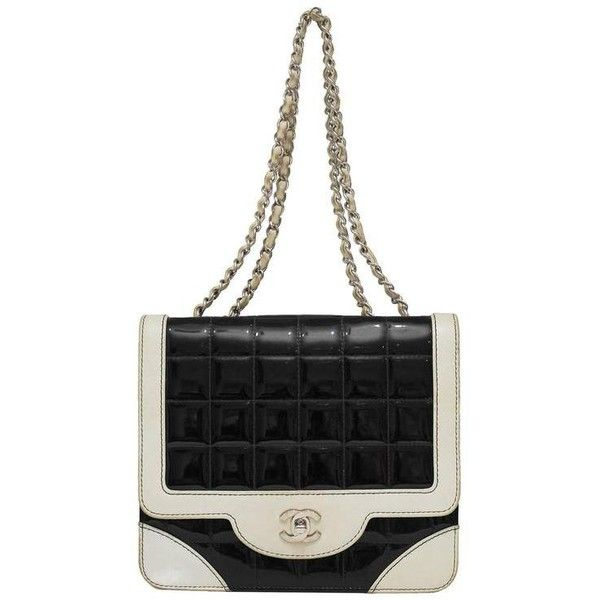 Pre-owned 1980's Chanel Black And White Patent Leather Shoulder Bag ($1,900) ❤ liked on Polyvore featuring bags, handbags, shoulder bags, structured shoulder bags, white, holographic purse, black and white purse, shoulder handbags, white patent leather purse and black and white shoulder bag