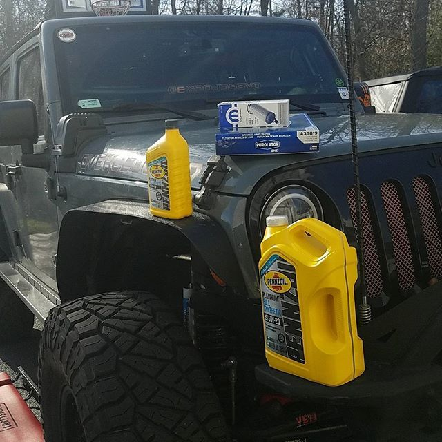 Oil Change Day Before The Snow What Oil Do You Run What Filter I Use Only Mopar Oil Filters And Pennzoil Full Synthetic 5w 20 Oil Jeep Life Monster Trucks Oil Filter
