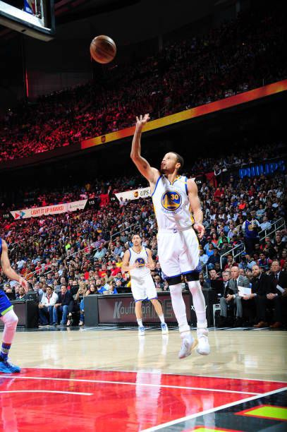 Stephen Curry of the Golden State Warriors shoots the ball against the Atlanta Hawkson March 6 2017 at Philips Arena in Atlanta Georgia NOTE TO USER...