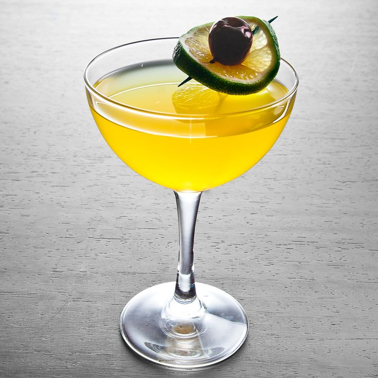 10 Cane Hemingway Daiquiri. 1.5 OZ CAN RUM .5OZ LUXARDO MARASCHINO LIQUEUR 1OZ FRESH GRAPEFUIT JUICE .5OZ FRESH LIME JUICE .5OZ SIMPLE SYRUP. (1 PART SUGAR 1 PART WATER)