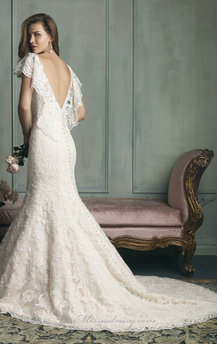 Free Delivery Mermaid V Neck Lace Wedding Dress