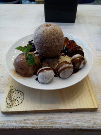 @Shirayuki. I love the dessert