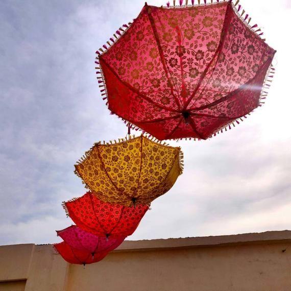 Wholesale 100 PC Lots Indian Wedding Decoration Umbrella Decorative Umbrellas Decor Handmade Mehndi Party Night Umbrella Cotton Parasols