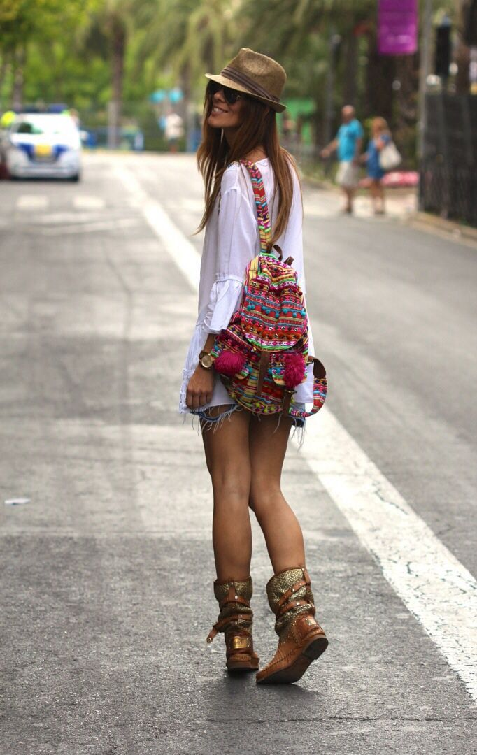 New street style boho chic gypsy backpack for a cool modern hippie look. For the BEST Bohemian fashion trends FOLLOW http://www.pinterest.com/happygolicky/the-best-boho-chic-fashion-bohemian-jewelry-gypsy-/ now.