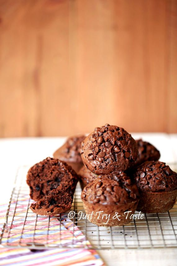 Just Try & Taste: Double Chocolate Muffin - Muffin Coklat yang super...