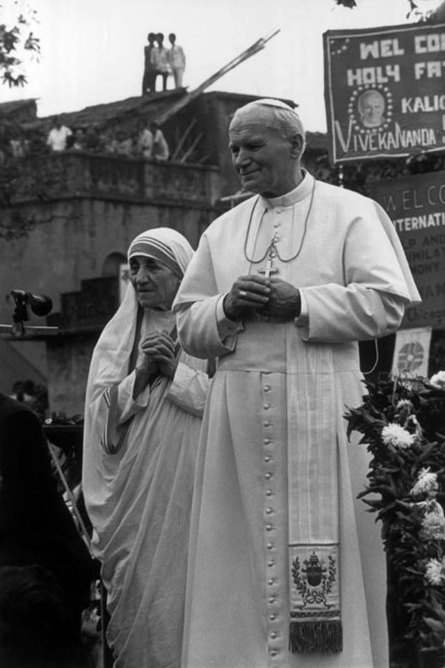 Saints Pope John Paul II and Mother Theresa