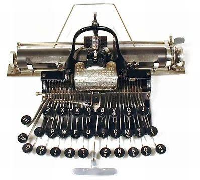 Typewriter (25)