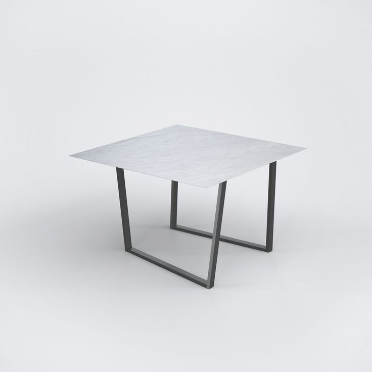 Kleiner Runder Tisch Antik In 2020 Tisch Antik Antiker Esstisch