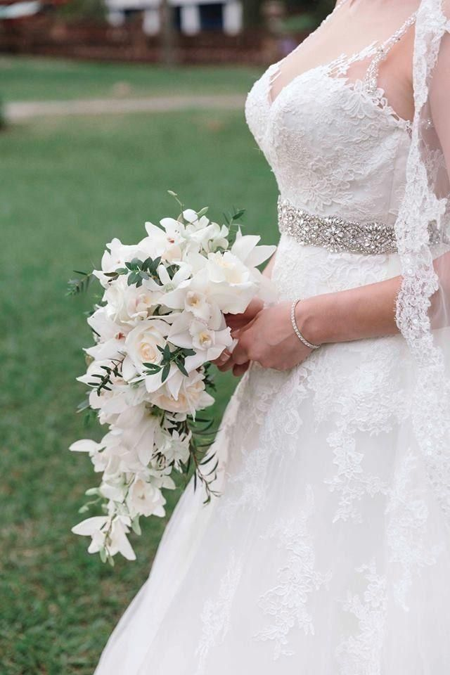 Pronovias Prala Wedding Dress. Pronovias Prala Wedding Dress on Tradesy Weddings (formerly Recycled Bride), the world's largest wedding marketplace. Price $1750...Could You Get it For Less? Click Now to Find Out!