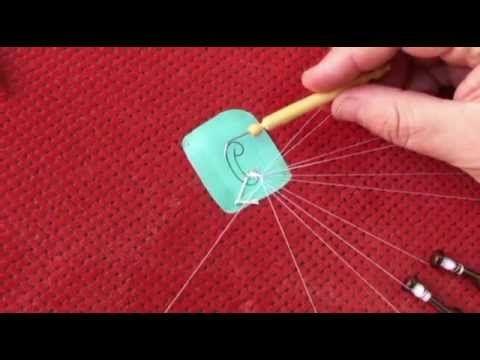 ▶ Encaje de Bolillos. Cosido con aguja de duquesa.mp4 - YouTube