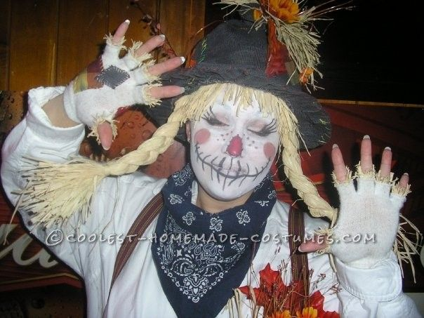 Funny and Cute Homemade Couple Costume: Not-So-Scary Scarecrows ... This website is the Pinterest of costumes
