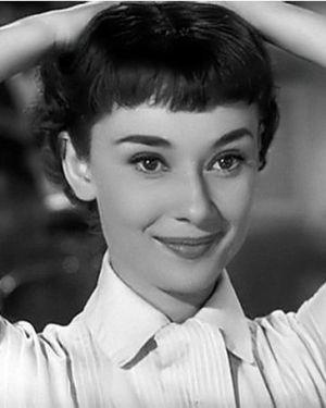 Audrey-Hepburn-Close-Up-Roman-Holiday-Copyright-Paramount-Pictures-1953.jpg 300×375 pixels