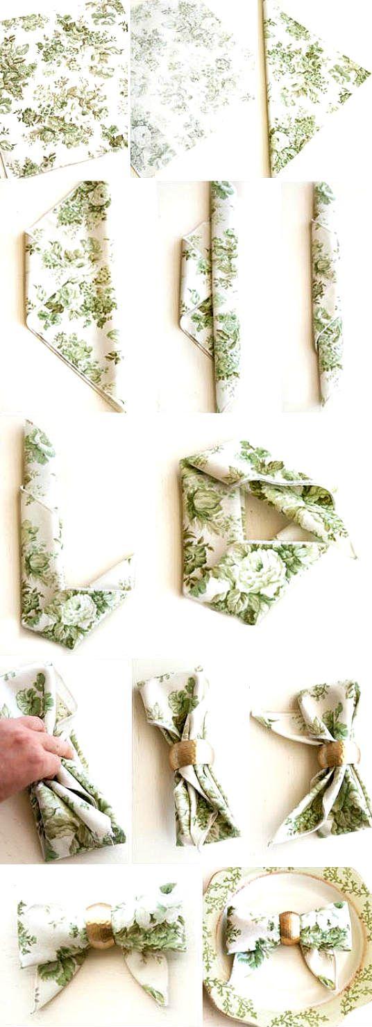 Mesa posta   Um detalhe simples pode fazer um belo efeito na hora de decorar uma mesa  .  Esse modelo de dobradura com guardanapo , faz tod...