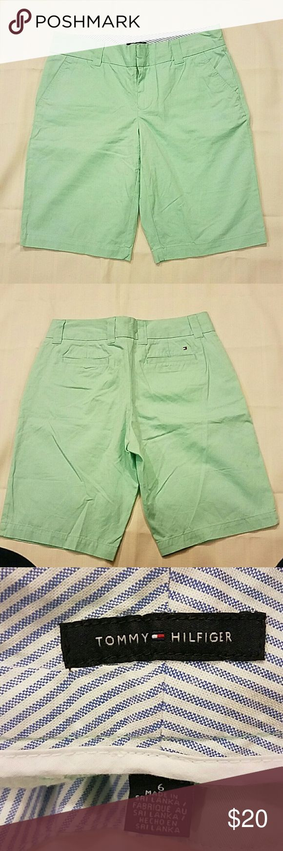 Tommy Hilfiger mint Green Bermuda shorts Soft fabric, 100% cotton ,wide belted Tommy Hilfiger Shorts Bermudas