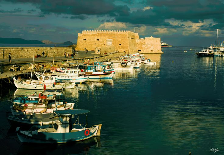 #heraklion port