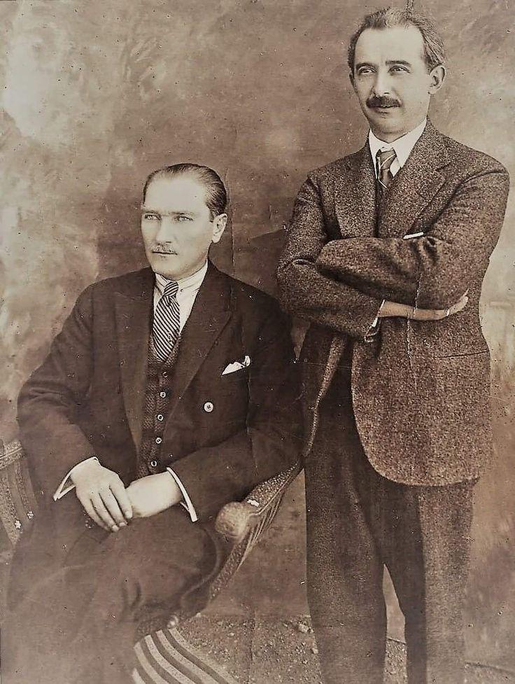 Mustafa Kemal, İsmet Paşa ile Çankaya Köşkünde