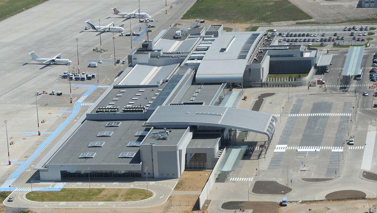 POZnań Airport (POZ) w Poznań, Województwo wielkopolskie