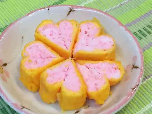 二色 ハート 桜でんぷ入り 卵焼き♡の画像