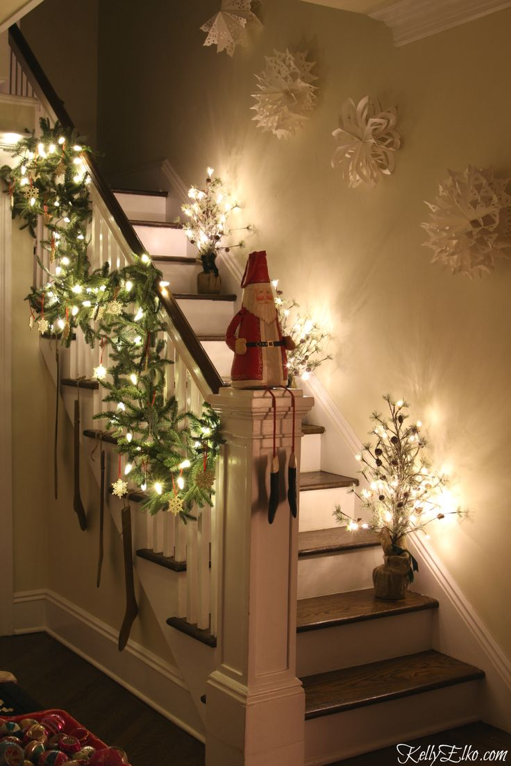 Turn on the string lights, light a candle and set a roaring fire. Step inside this Christmas Lights Night Home Tour and see a magically decorated home kellyelko.com
