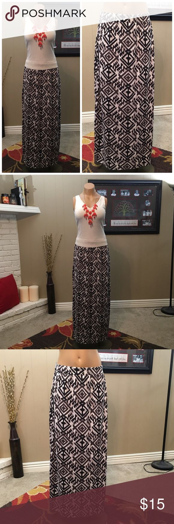 Dark gray & cream Aztec maxi skirt Comfy dark gray and cream Aztec print maxi skirt. Skirts Maxi