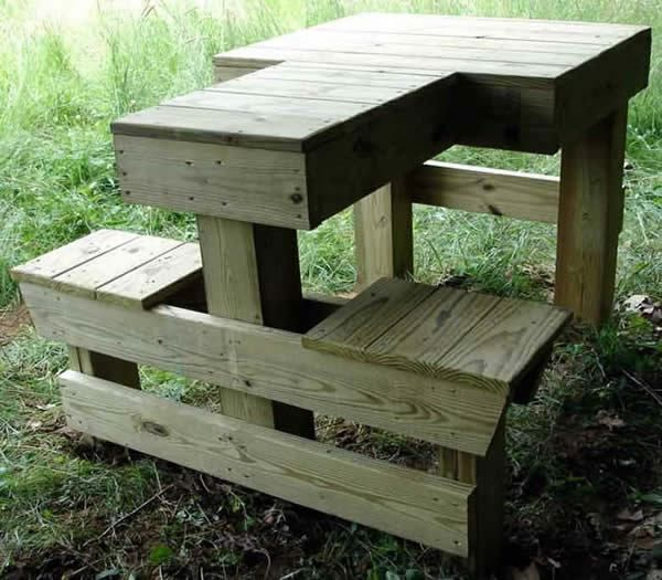 Shooting Bench Plans Here is a nice sturdy permanent shooting bench for those of you fortunate enough to have a private place to shoot, or perhaps for clubs looking for an economical bench f…