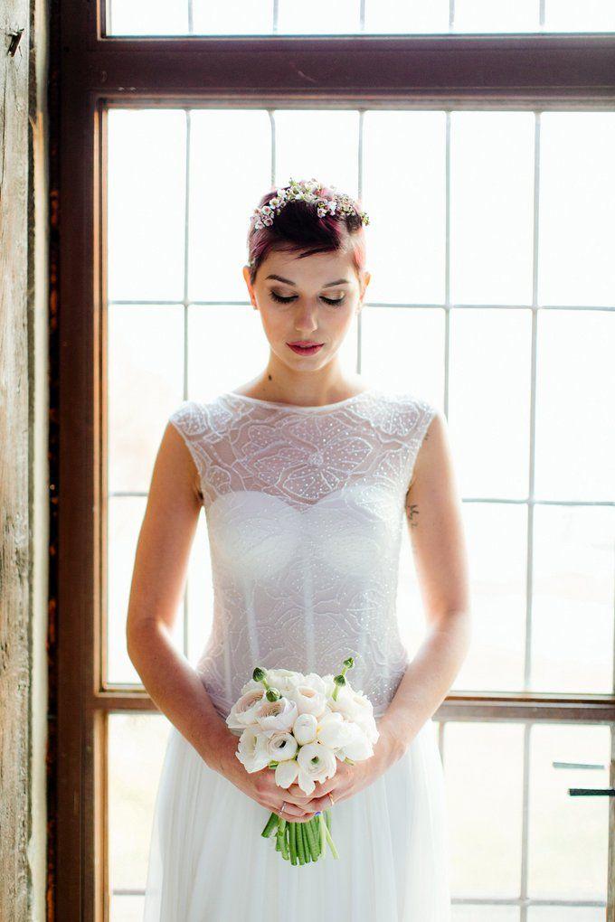 Abito in Chiffon di seta e bustino in prezioso pizzo Ricamato con perline finissime  Blu Spose Atelier