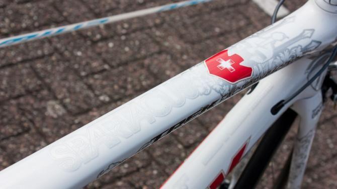 Cyclingnews.com @Cyclingnewsfeed Tech: Fabian Cancellara's Tour de France Trek Domane | Cyclingnews.com cyclingnews.com/features/fabia… pic.twitter.com/LjezoJRgqK