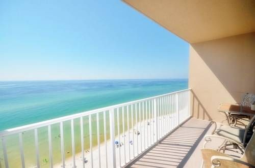Tidewater 1205 Condo Panama City Beach (Florida) Situated in Panama City Beach, Tidewater 1205 Condo offers self-catering accommodation with free WiFi. Guests benefit from balcony. Private parking is available on site.