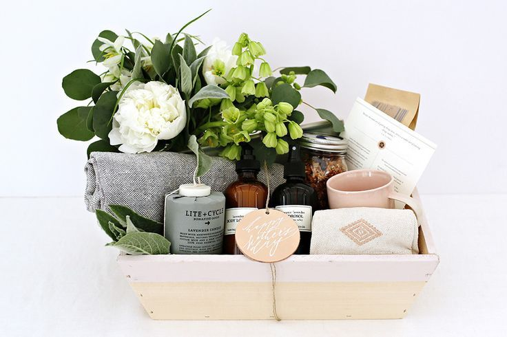 Welcome Gift Box!  #deplanv #favour #box #welcome #gift #guest #hotel #room #welcoming #surprise   http://www.deplanv.com