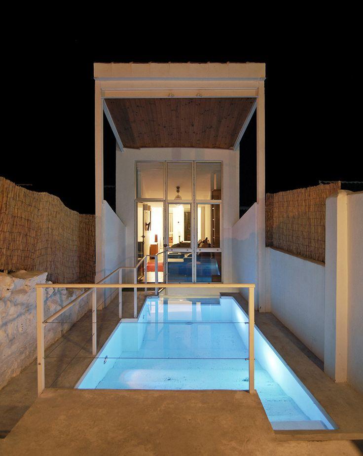 Mejores 713 im genes de casas en pinterest arquitectos for Patios modernos con piscina