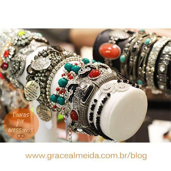 Confira diversos looks com nossos acessórios no BLOG: www.gracealmeida.com.br/blog