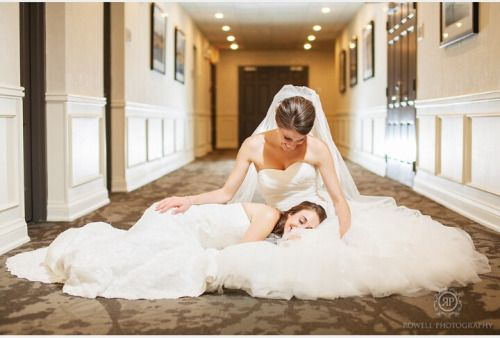 "totallylesbiann: "" cute lesbian wedding pictures give me life """
