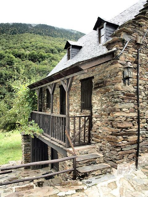 Sant Joan de Toran, a la Val d'Aran (Catalunya - Catalonia)