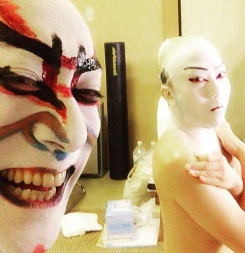 Photo authorized by Mr. Ennosuke. 猿之助さんから許可もらってます!  #kabuki #japan #classic #ebizo #ebizoichikawa #theater #theaterarts #abkai #instagram #海老蔵 #市川海老蔵 #成田屋 #歌舞伎 #makeup #猿之助 #市川猿之助 #selfie #bts