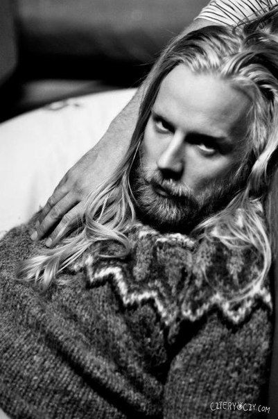 I just find him extremely handsome, very pleasing to the eyes (Hogni Egilsson)