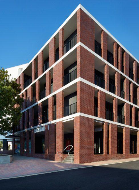 best 25 brick facade ideas on pinterest brick detail brick architecture and brickwork. Black Bedroom Furniture Sets. Home Design Ideas