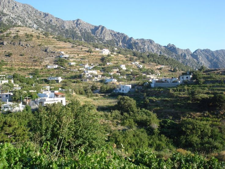 Hiking In Crete: Thripti village in Kavousi